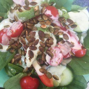 salat-cheddarsaus